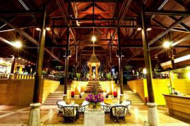Thajský hotel Nora Beach Resort & Spa s lobby