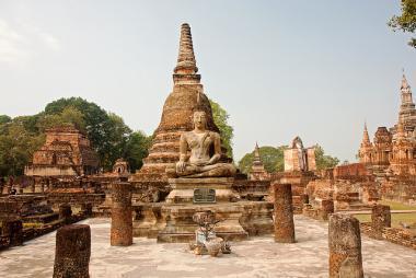 Chrám Wat Mahathat ve městě Ayutthaya, Thajsko